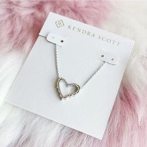 NWOT Kendra Scott Sophee Open Heart Pendant